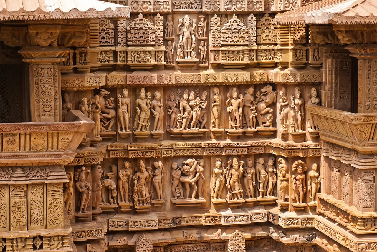 Wall carving on the of lakshmana temple at khajuraho