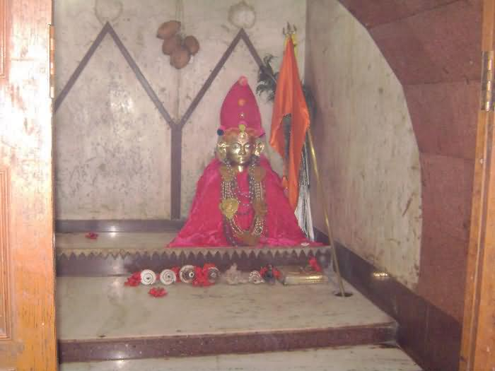 Idol Of Saint Premnath Maharaj, Madaj
