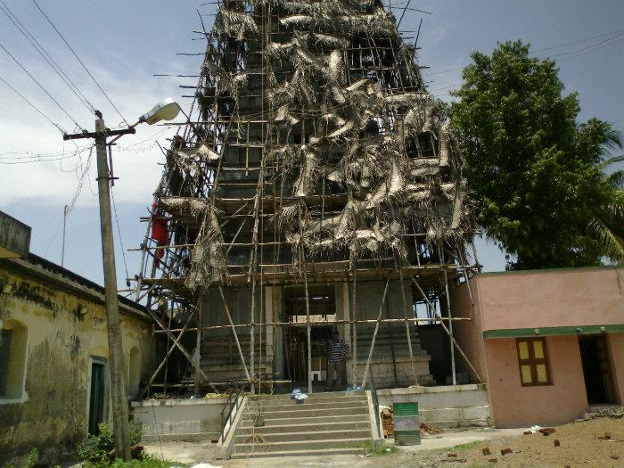 Construction Of Tower Of Digambar Jain Temple ...