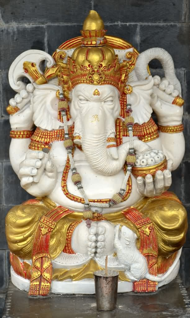 Attractive Idol Of Lord Ganesha In White And Golden Color